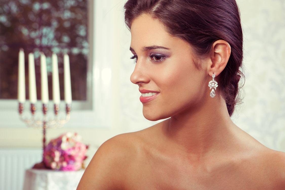 Ιδιαίτερα σκουλαρίκια για την ημέρα του γάμου